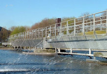 Circular Scraper Bridge